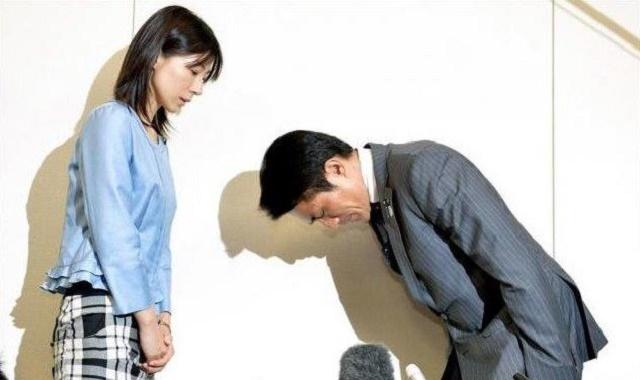 民進党の塩村文夏が安倍首相の難病を揶揄する批判「お腹壊すのは国民」