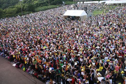 九州男フェス、地元・長崎で1万人のタオル舞う I 愛 HOME MADE 家族