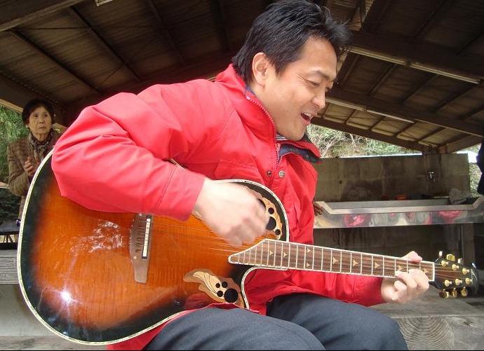 ギター弾きました。の画像 I たまき雄一郎ブログ_ - https___ameblo.jp_tamakiyuichiro_i
