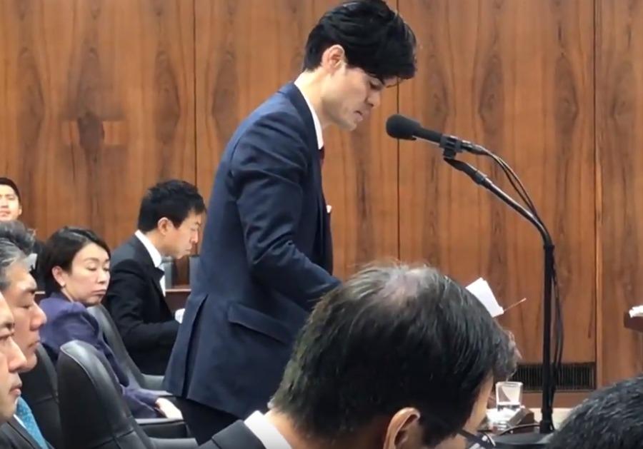 山尾志桜里の態度が最悪!法務委員会でデートレイプドラッグ被害防止対策質疑中に一切資料を見ず居眠りも3