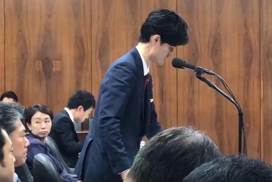 山尾志桜里の態度が最悪!法務委員会でデートレイプドラッグ被害防止対策質疑中に一切資料を見ず居眠りも1