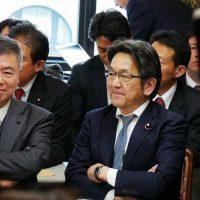 書き換え問題ヒアリングで民進・桜井充議員がニヤニヤ、国の一大事に笑顔がこぼれる正直者