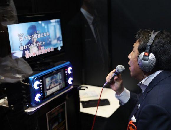 枝野幸男さん乃木坂46を軽くディスる→足立康史議員「民主系の国会議員って結局は不真面目なんだよね」