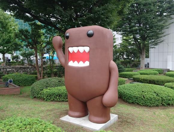 NHKがネット同時配信でスマホから受信料徴収を画策か?たった59円インチキ臭プンプンの値下げを発表