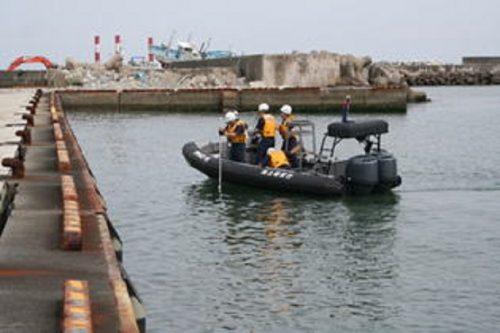 【ヤバい沖縄】海上保安庁のゴムボートに発煙筒で放火した男を逮捕!辺野古の器物損壊事件との関連調べる