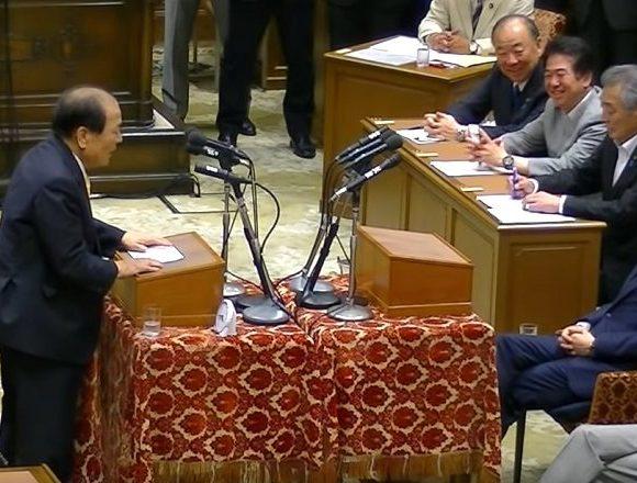 片山虎之助さん「TVのカメラは恐ろしい。党首討論の映像を見ると私の頭部前半部分の頭髪がないように見える」