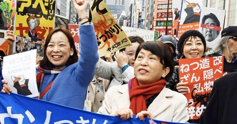 反安倍が新宿占拠デモ「アベは辞めろー!」→共同通信「内閣支持率は49.3%で、前回調査から6.6ポイント増」