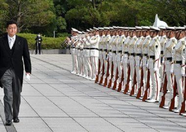 神奈川新聞「自衛官にアンケート、憲法9条が自衛官の命を守っていると答えた」→官舎2001戸配布で自衛官の回答は6通、うち9条が守ると答えたのは2人だけ(0.1%)